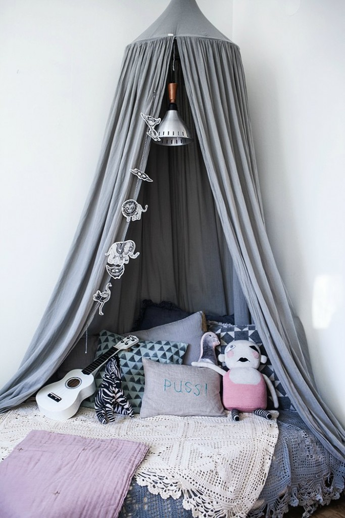 boho-girls-room-683x1024