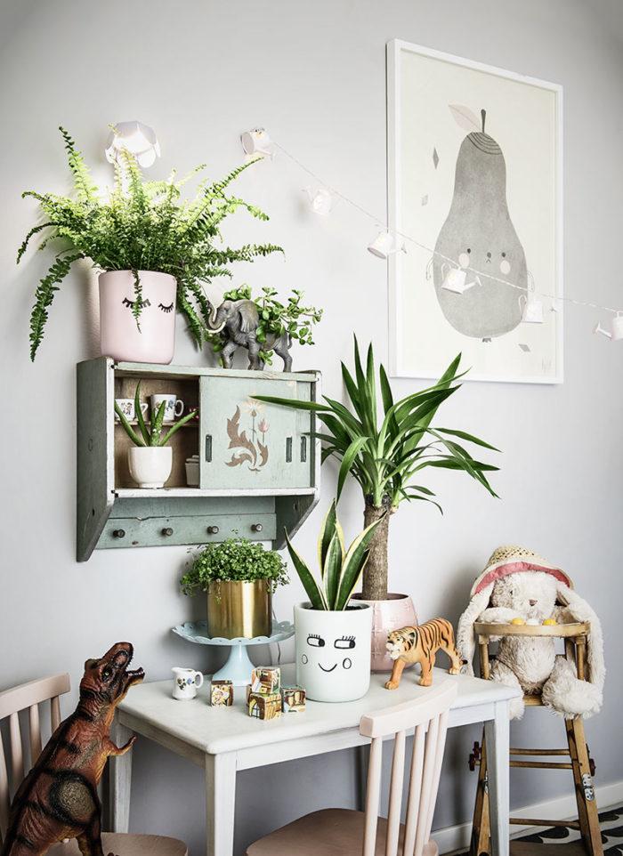 Plantagenbarnrummet-700x962