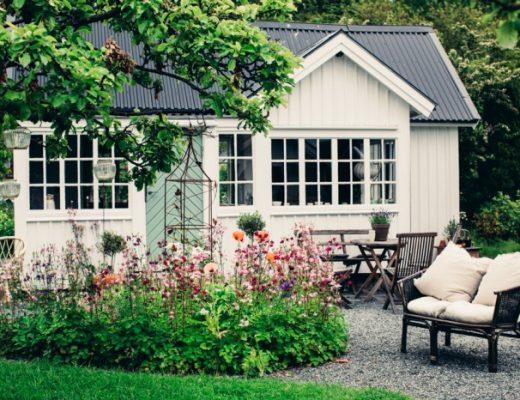 kolonilott trädgård trädgårdsinspo stuga landställe