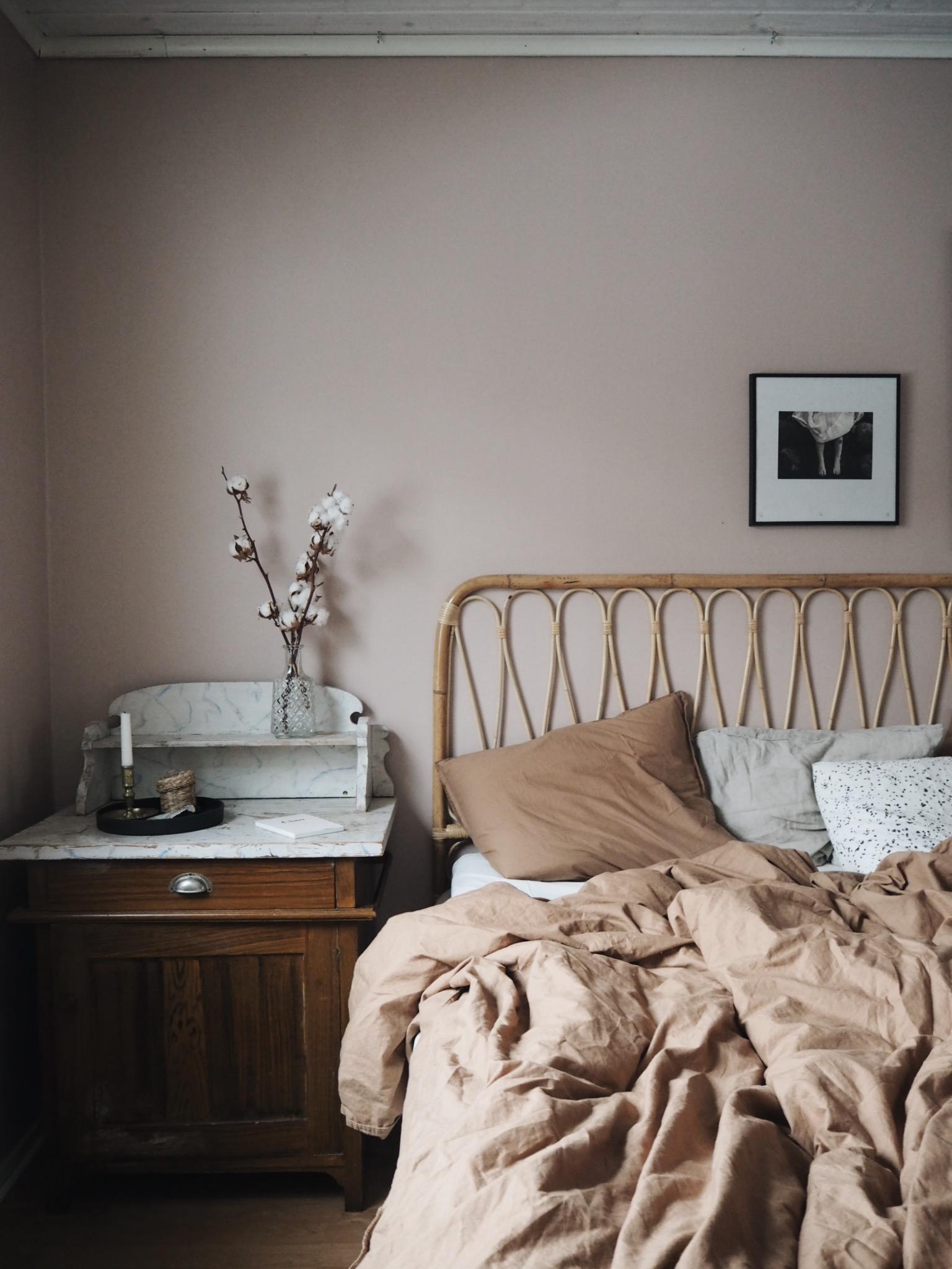 Sänggavel sovrum inredning
