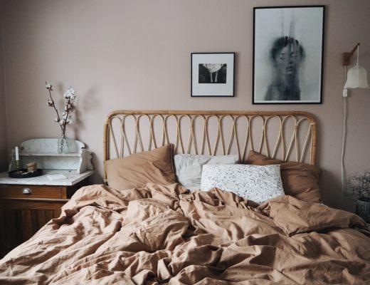 sovrumsinspo rotting möbler säng