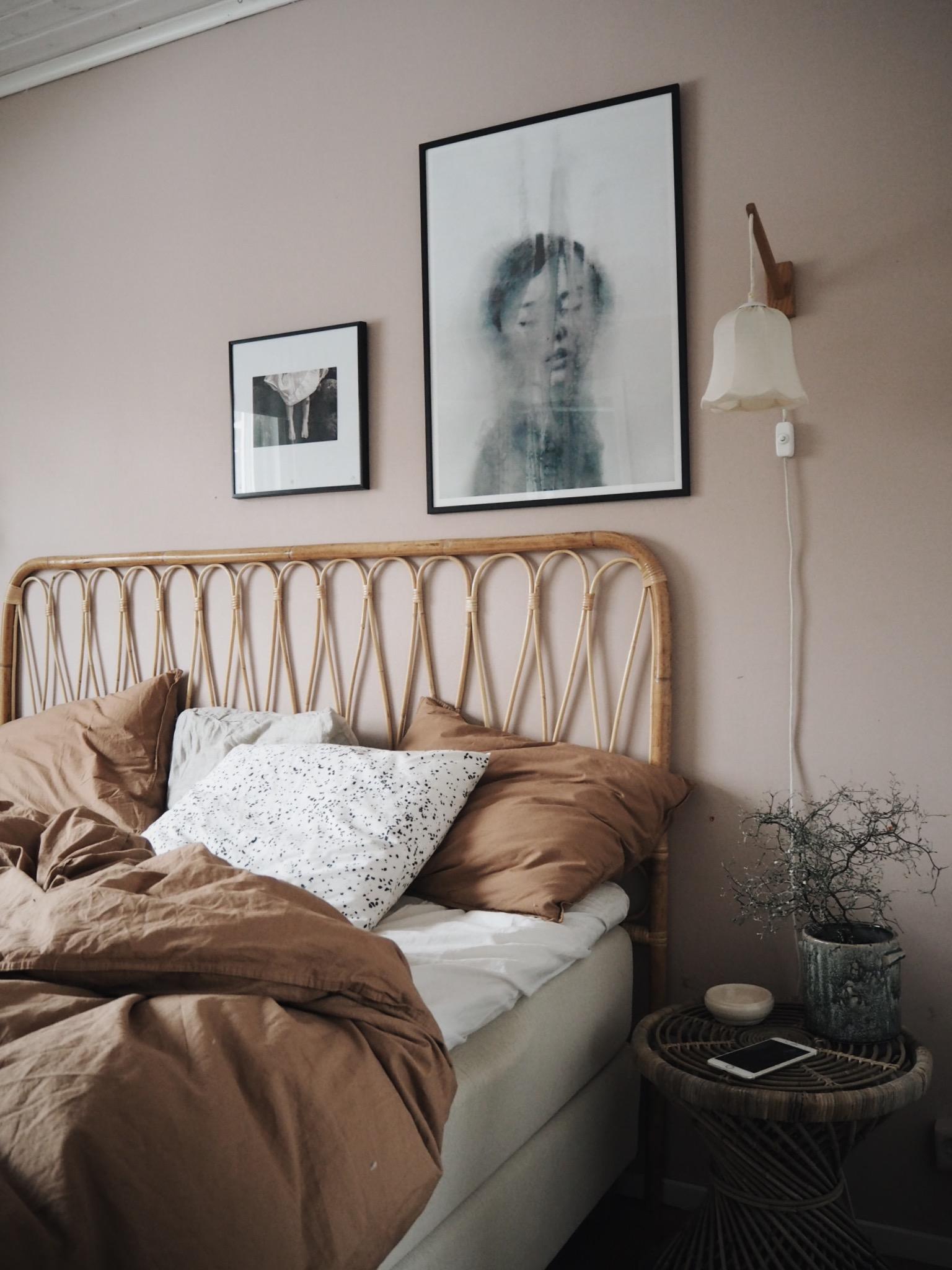 sovrumsinspiration midnatt sängkläder